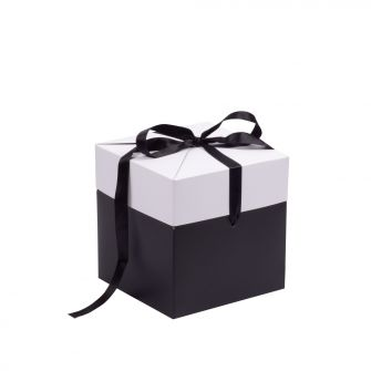 Black and White Large Cube Pop Up Gift Box