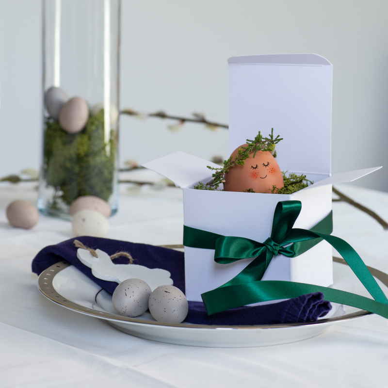 White Flat Pack and Green Bonsai Ribbon