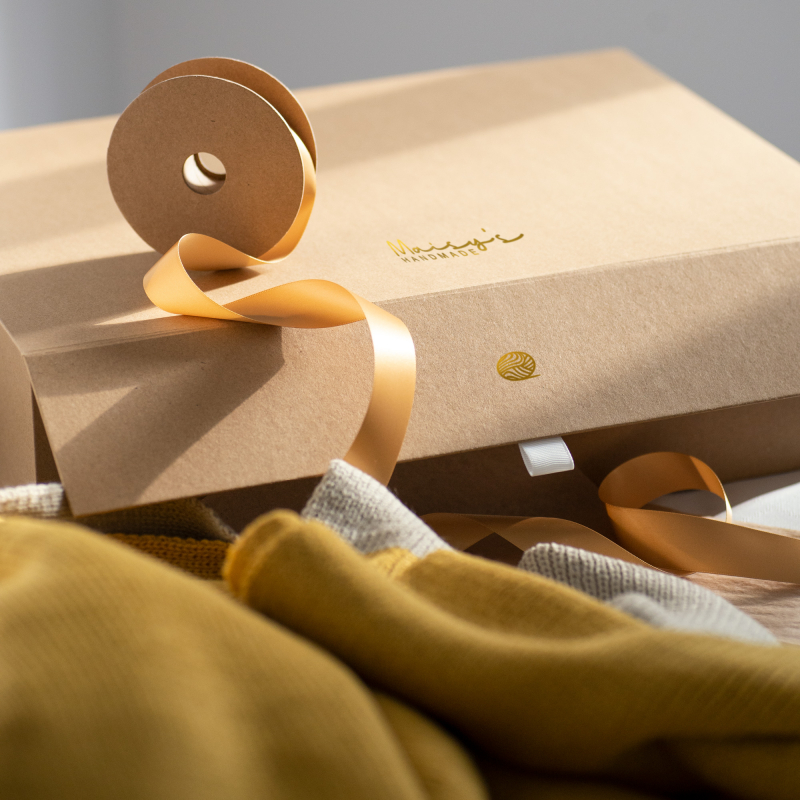 Large Kraft Magnetic Gift Box