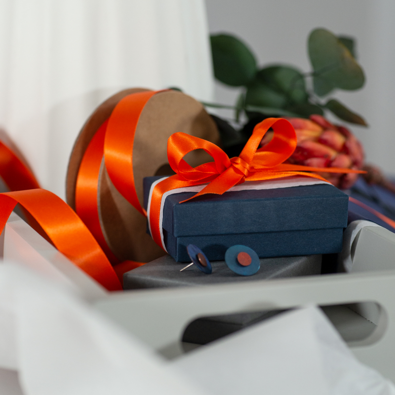 Orange recycled ribbon earing boxes