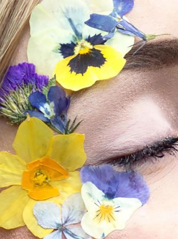 Face Florals